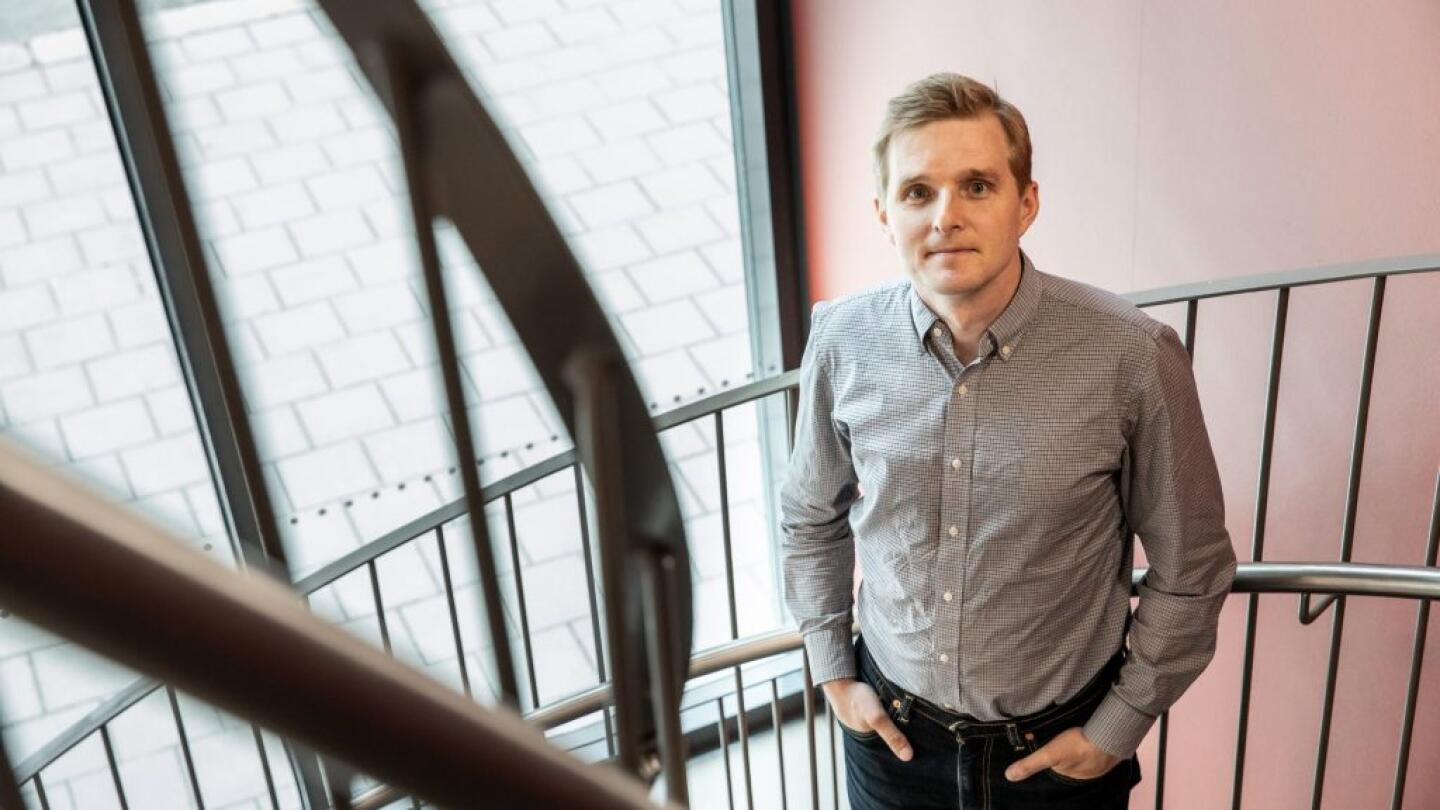 – The Finnish research environment is exceptional. With a few hundred euros, we can find out from data encompassing tens of thousands of people how many of them has had a heart attack, for example. In the United States, this would take years and hundreds of thousands of dollars as researchers go through obituaries and try to contact next of kin, says Collegium Researcher Teemu Niiranen.